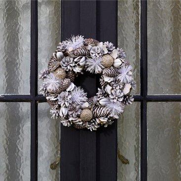 JinglePine Wreath - 30cm