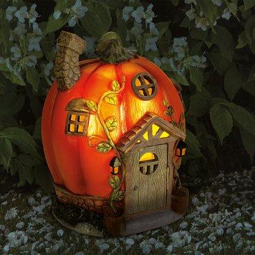 Humpkin House